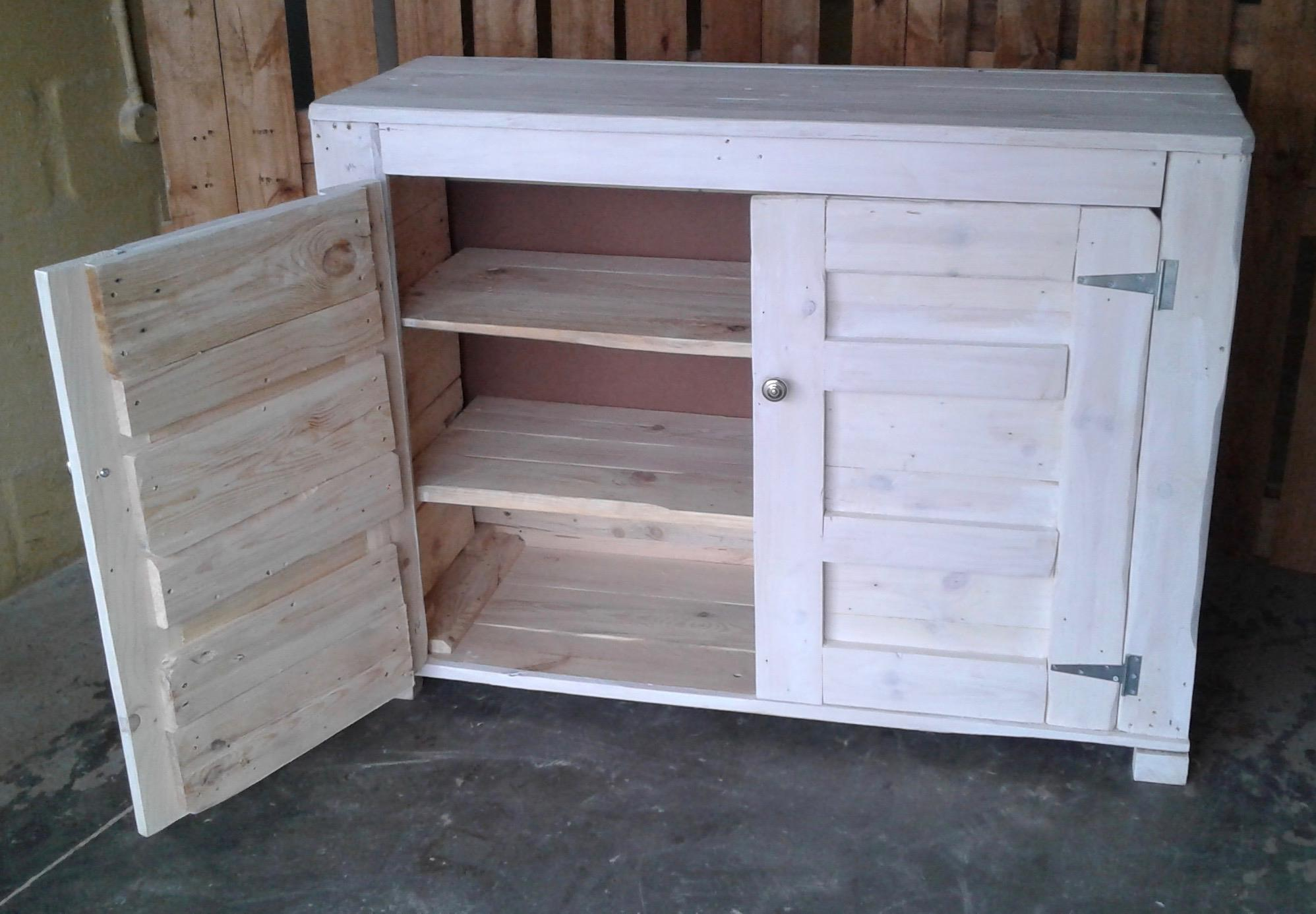Rustic cupboard with 2 Shelves