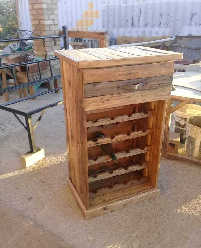 drawer liquor cabinett