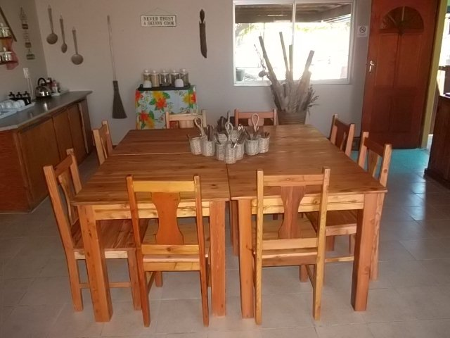 Double Oregon Kitchen Table Chairs