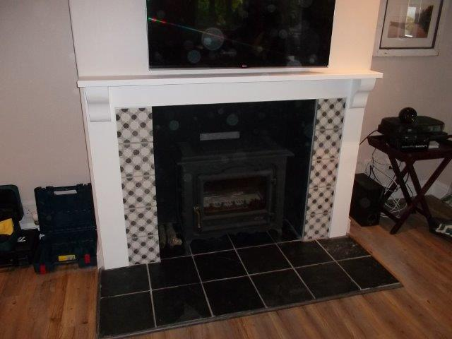 mantel white